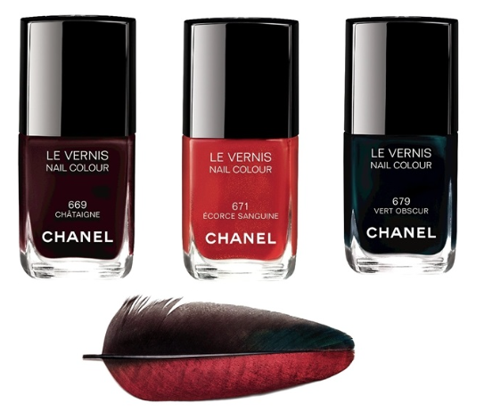 http://www.beautylabs.ru/news/chanel-les-automnales-fall-2015-makeup-collection-pervyie-fotografii/ photo